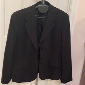 Ann Taylor black blazer 14 P